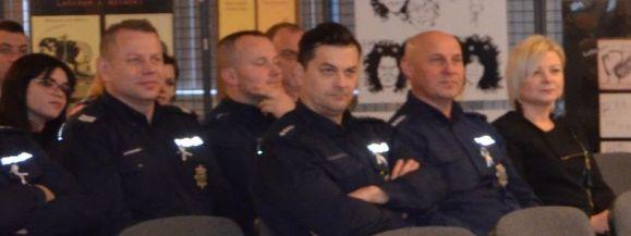 POLICJANCI NAGRODZENI