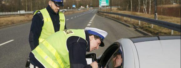 POLICJA PRACUJE